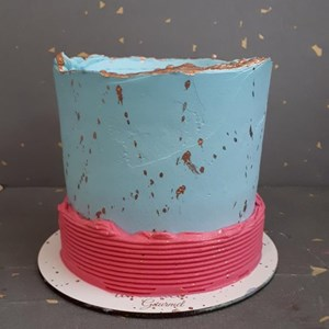Kit bolo e brigadeiros- 4 pessoas