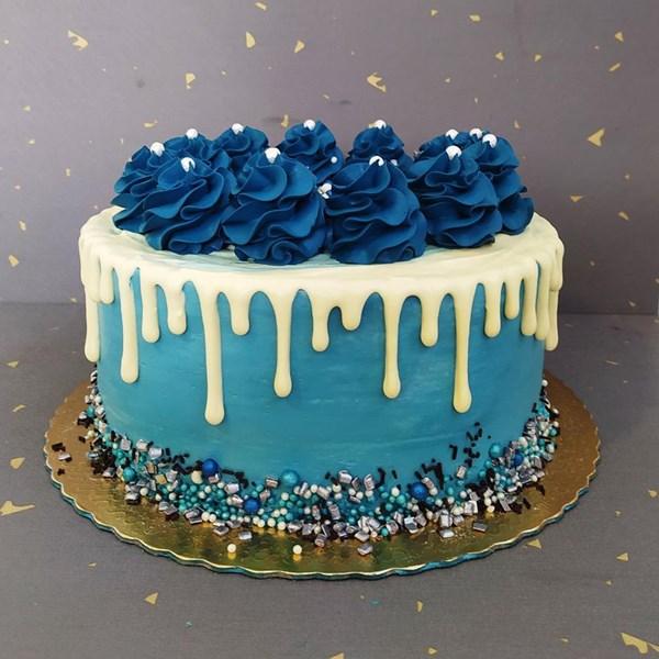 Kit bolo e brigadeiros- 20 pessoas