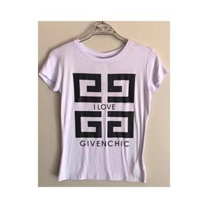T-Shirt Givenchic