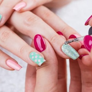 Serviço de Manicure